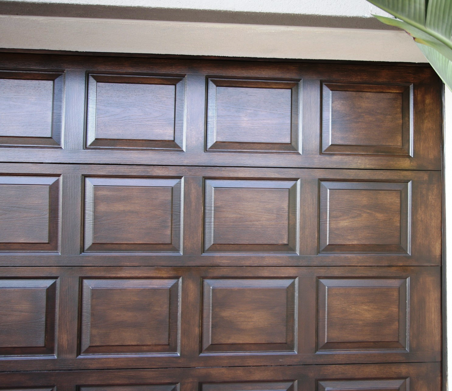 Faux-Wood-Garage-Doors-Color