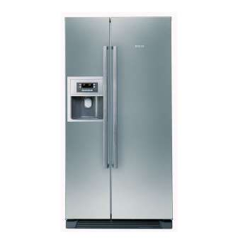 BOSCH 531l Side-by-Side Fridge Freezer with Water and Ice Dispenser